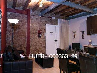 Gótic Modernista apartment in Barrio Gotico {#has…, Montserrat