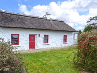 QUIET MAN'S COTTAGE, all ground floor, woodburner, nr Castlebar, Ref 930460