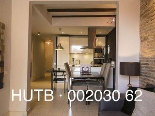 El Petit Molino apartment in Poble Sec with WiFi, balkon & lift.
