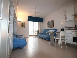 *WiFi * great seaside apartment in Tenerife South