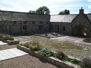 Cobblepot Cottage Arndilly Craigellachie. Morayshire