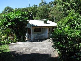 Residence la Rocheuse Studio Corossol, Pointe-Noire