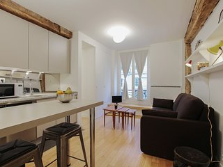 G03562 - Nice 1BR flat architecht design close to Republique