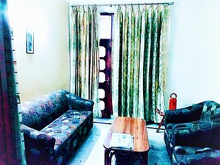 Vacation rental/Day/Night stay1 BR with living hall & kitchen at safe/posh area