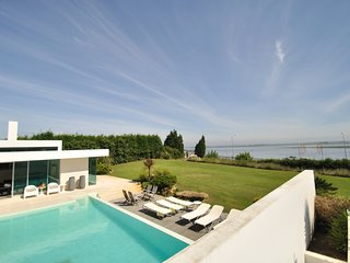 Luxury Waterfront Holiday Villa only 40 minutes Porto and near Aveiro Portugal