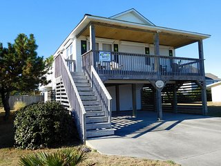 In the Heart of Kill Devil Hills - walk everywhere! Private Pool, Hot Tub KDH-34