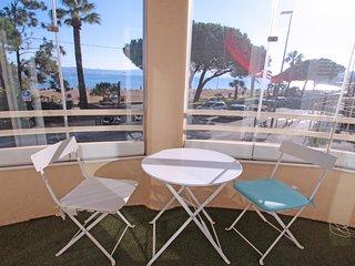 Appartement 2 pieces climatise avec wifi, centre-ville de Sainte-Maxime, vue mer