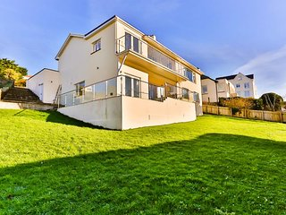 WOOLACOMBE GARDEN APARTMENT | 2 Bedrooms, Woolacombe