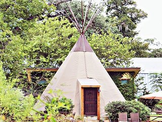 Unbelievable Tipis on Geronimo Creek! Heated/AC, Insulated-Sleeps up to 6
