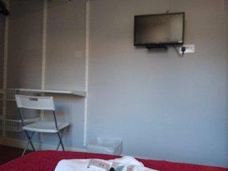 Riverside Mews Room 7, Brigg
