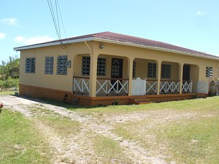 1 Privete Room: Rear Verandah with sea view: Share other facilities with host:, Gingerland