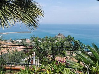 Villa Laura Holiday Sea Suites, Cefalù - Sicily