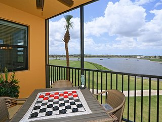 Available for March & April! - 2BR/2BA Turnkey Bellini Condo w/Golf!, Napoli