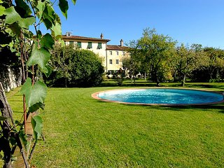 Elegant Villa in Lucca with pool and parking