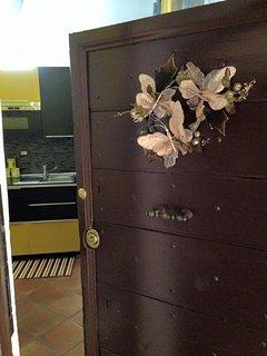 NATALE nella YELOW BUTTERFLY.... ingresso abitazione