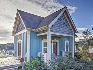 2BR Olivia Beach Camp Cabin w/ Jacuzzi & Fire Pit! - Pool, spa, wifi, dogs ok, Lincoln City
