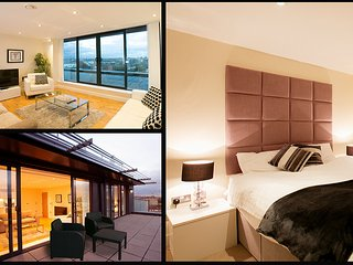Central London Luxury Penthouse (Sleeps 4)