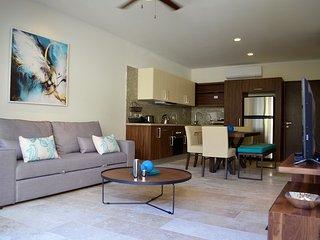 Beautiful brand new 1 bedroom condo in downtown Playa, Playa del Carmen