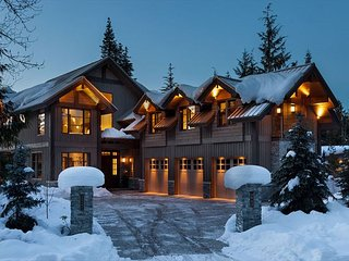 Kadenwood #2923 | 5 bedrooms, 6 bathrooms, Whistler