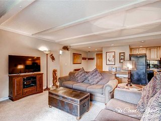 7th Night Free! Breck's Most Popular Location! Views, Wi-Fi, Garage Parking