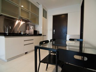 Service with a Lifestyle 2 Bedroom Apartment, Singapore
