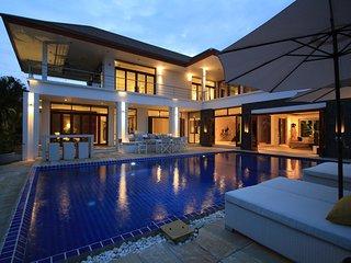 Hua Hin Luxury Sea View Mansion