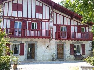 studio en rez de jardin, Cambo les Bains