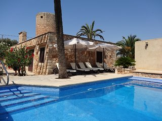 Villa 76 in Santanyi with private pool and Wifi in