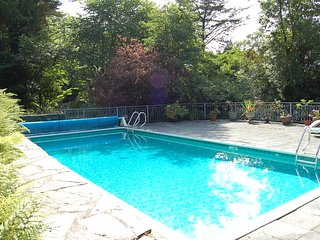 Afon Morfa Rural Family Retreat with Swimming Pool