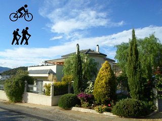 4 bedroom + bike friendly house in Peloponeese, Katakali