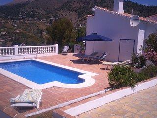 Casa Maria - Idyllic Mountain Side Villa, Competa