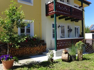 Moderne - gemütliche Ferienwohnung in einem 110 Jahre alten Jugendstilhaus
