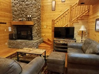 Angel Fire Cabin Duplex*Rent One Side or Both*Sleeps 10-20*Nice Aspen Furniture