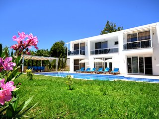 4 BEDROOMS VILLA WHITESTONE IN ISLAMLAR VILLAGE