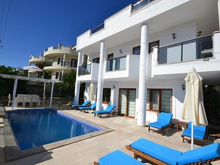 5 BEDROOMS VILLA PALM IN KALKAN