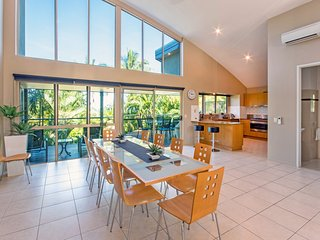 Cooinda Gardens 1 Hamilton Island Spacious 4 Bedroom With Buggy