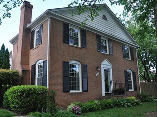 The Spring Guest House - Your Home away from Home in the Washington DC area!, Springfield