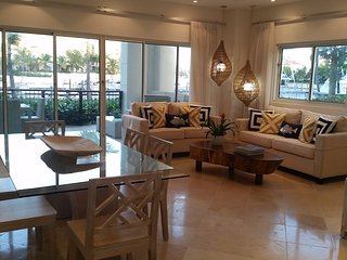 Luxurious MarinaFront Condo with Maid Services, Bavaro