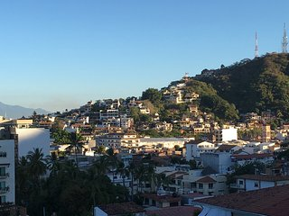 Old Town with views - 5 minute walk to everything, Puerto Vallarta