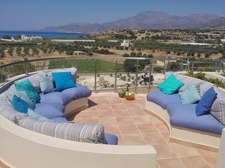 Panoramic Penthouse in Gorgeous Seaside Makrygialos, Makry-Gialos
