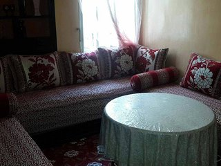 ENTIRE LUXURY APT W/WIFI BY CASANEARSHORE & AIRPORT, Casablanca