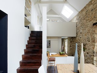 BALLILOGUE LOFT, BALLILOGUE, THE ROWER, INISTIOGE, CO KILKENNY, IRELAND.