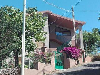 Villa Rosetta-Appartamento al piano terra di villa con giardino-Dorgali