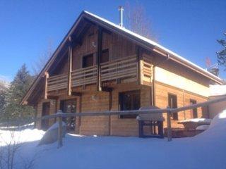 Superbe Chalet avec sauna et jaccuzzi privés à 2min des pistes de ski