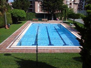 Cerca de la playa y con piscina, Castro Urdiales