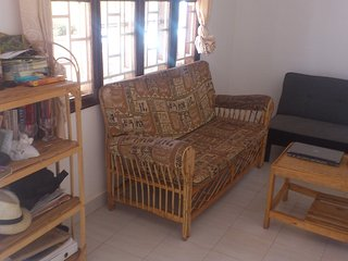 room for rest shot and long term stay fully furnished with free wife and all bil, Kampala