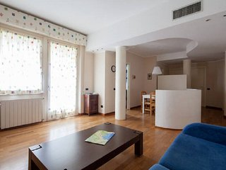 Casa di Sara Big Modern Apartment Garden Private Parking 10 min station