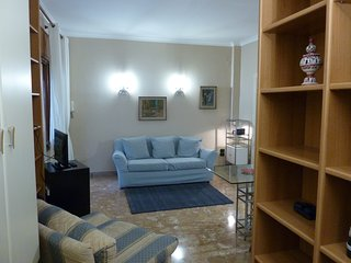 A Napoli, Posillipo Camera ben arredata con cucina e bagno