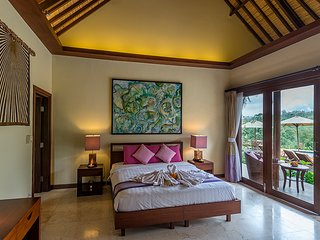 Heaven in Bali - Pink Orchid Room