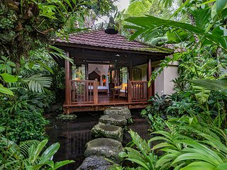 Heaven in Bali - Orange Orchid Room